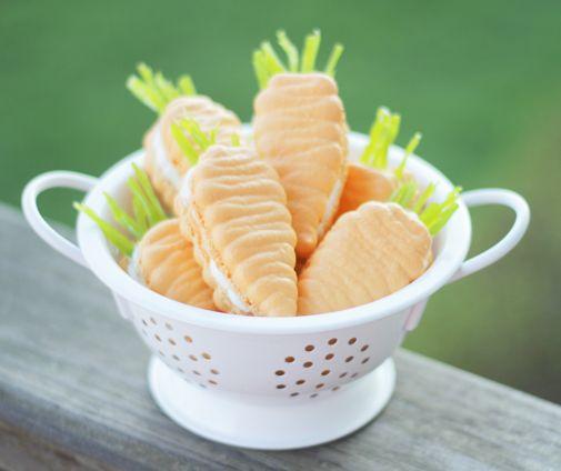 carrot macarons